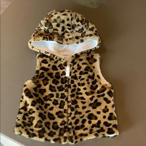 Leopard 🐆 print vest with hoodie
